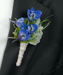 Boutonniere with Delphinium blooms