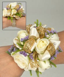 Corsage with sweetheart roses and limonium