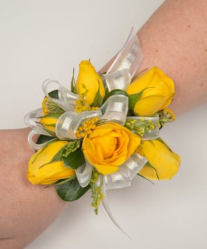 Sunny Rose Corsage