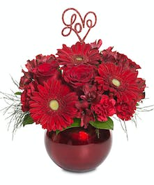 Metallic red glass bubble bowl arrangement