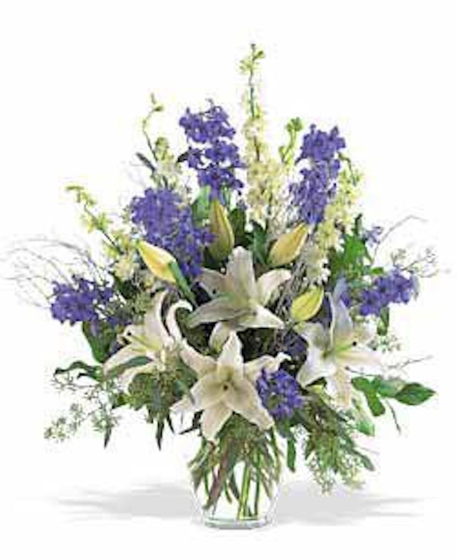 About Winter Blues Vase Bouquet Saint Louis Florist Walter Knoll